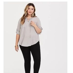 GREY LACE-UP PULLOVER BLOUSE